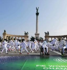 Fencing flash mob 2018